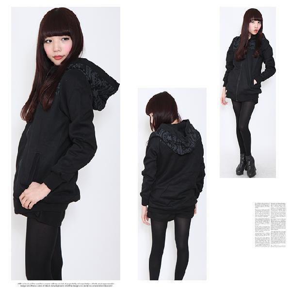 出典:http//store.shopping.yahoo.co.jp/ 楽チン、便利な、大きめサイズのパーカーは重ね着自在で暖かい、カジュアルになり過ぎない、ブラックのコーデが簡単で