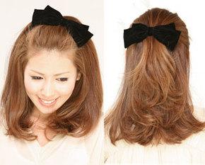 出典:http//item.rakuten.co.jp/ バレッタと言えば、前髪や横の髪がちょっと邪魔だな~と思うときに邪魔な髪の毛を後ろにまとめてパチン!